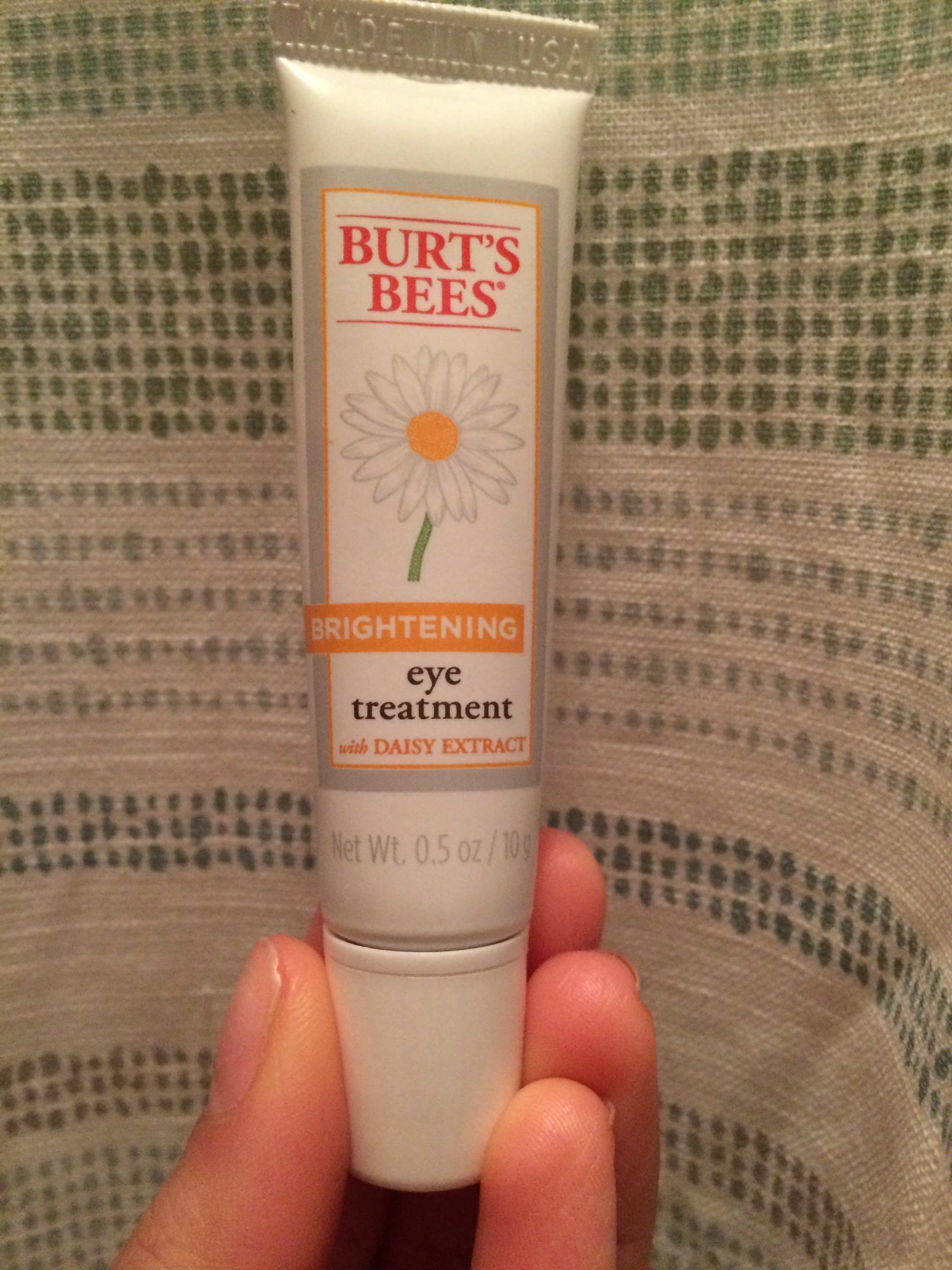 Product Review Burt S Bees Brightening Eye Treatment Jocey S